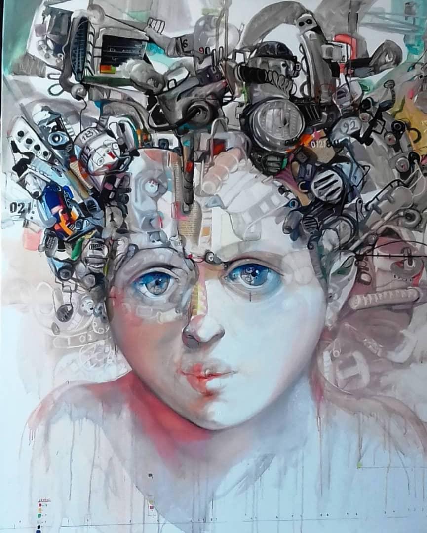« La nina cibernetica » - Huile sur toile expressionniste de Yovani Caisé Almaguer représentant le visage d' une enfant aux yeux bleus. Dimensions : 129 cm x 104 cm – Disponible